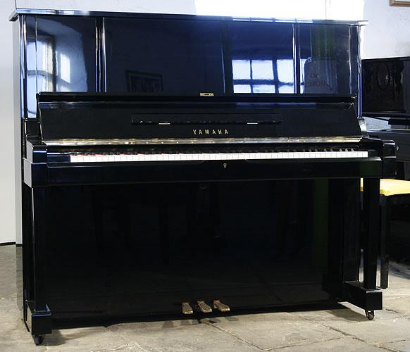 yamaha-YUX-upright-piano-BIG